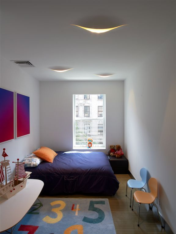 childrens room with artwork custom designed by ulises liceaga - Bedroom Designed