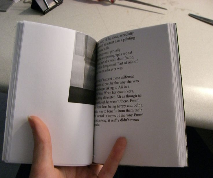 Here I will give a simple bookbinding tutorial using a Japanese stab-binding technique for making blank books from paper that is printed on one side.