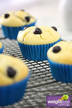 Low Fat Blueberry Muffins. #HealthyRecipes #DietRecipes #WeightLossRecipes weightloss.com.au