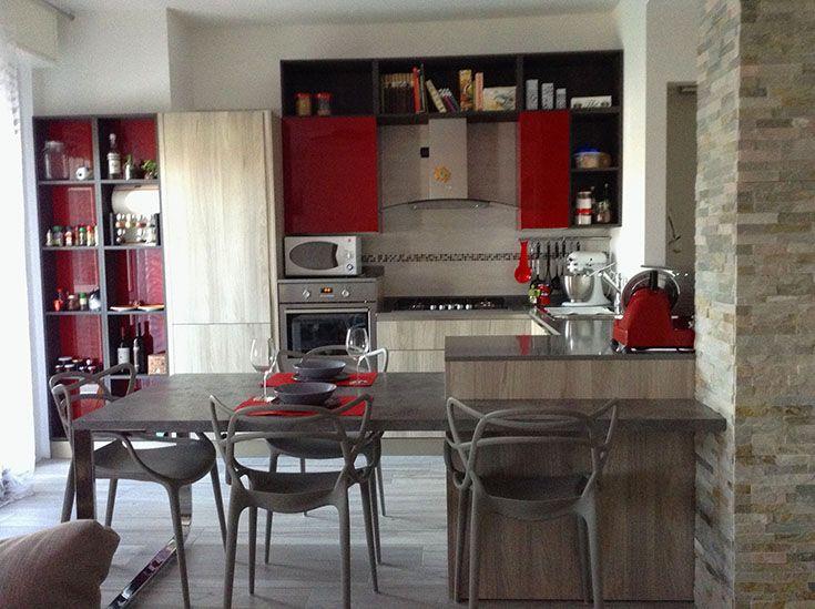 A casa di Sonia e Alberto At Sonia&Alberto House Modello_Model: Start-Time.go Rivenditore ARREDAMENTI PIROVANO SPA http://bit.ly/1KWhotq #raccontidivita