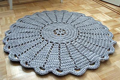 DIY Virkattu matto
