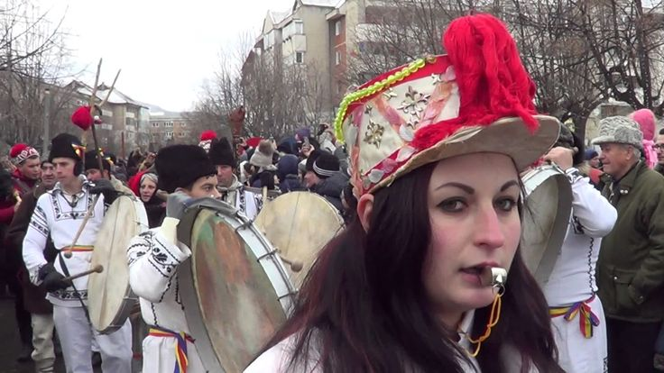 Parada obiceiurilor strămoșești - Comănești, 2016