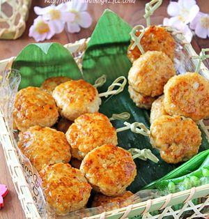 ふわふわ豆腐とコリコリ蓮根の鶏つくね串☆行楽弁当にも・・