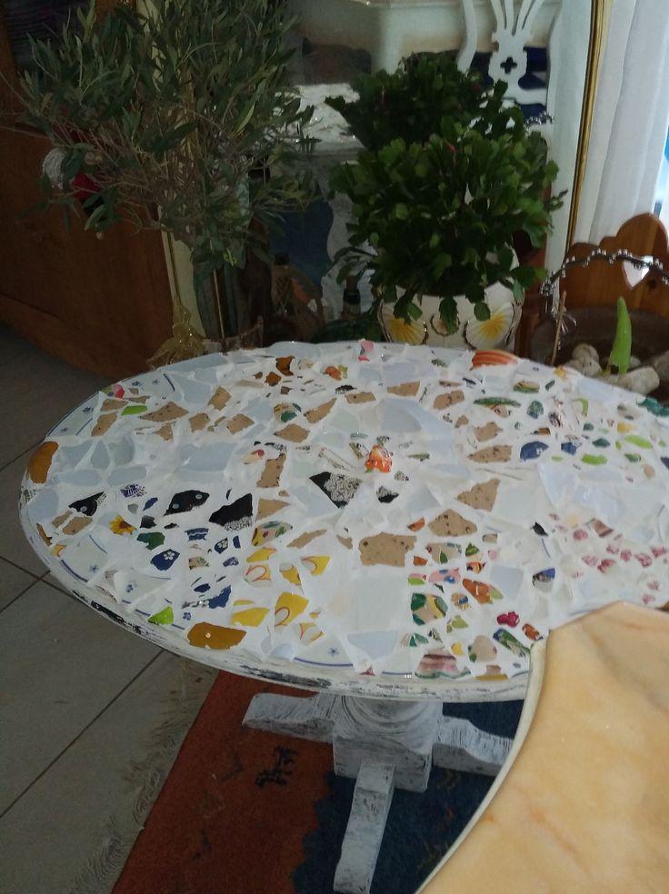 dopo un tavolo con pezzi diversi