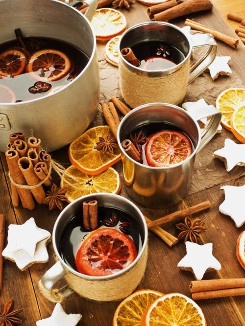 Mulled wine in the cottage… (via pinterest)