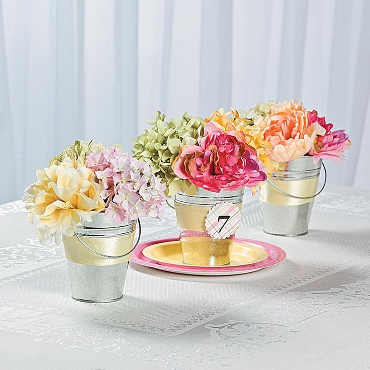 Tin pail flower table numbers idea add some easy for Do it yourself table decorations