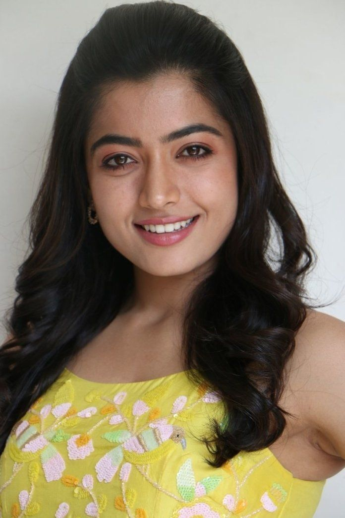 Southindian Actress Rashmika Mandanna Actressmedia In 2020 Actresses Beautiful Bollywood Actress Actor Photo