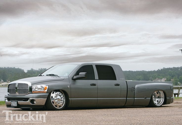 do a dually setup heres a bagged new dodge dually ...