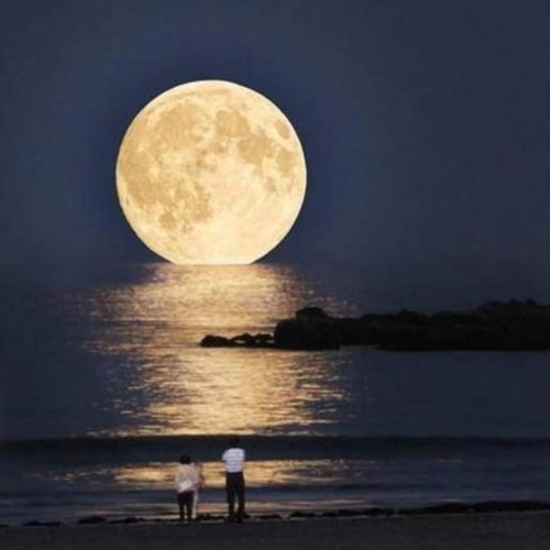Full moon in Greece - mesmerizing