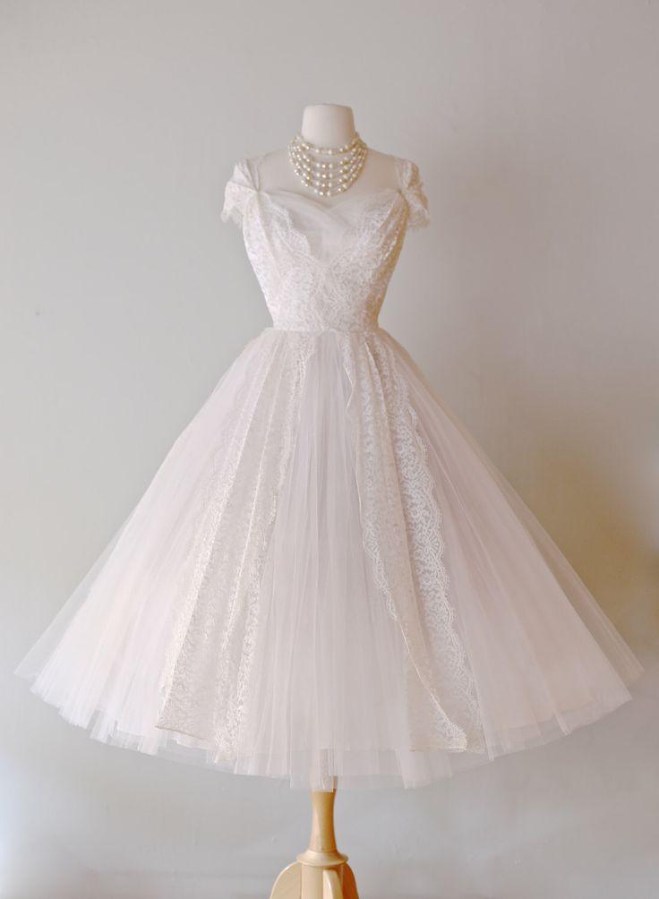 robe de mariée par Lorie Deb ~ Vintage 50 s dentelle et Tulle robe de ...