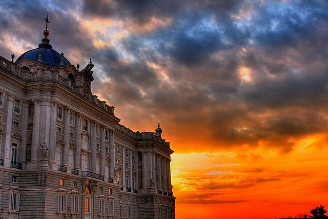 ATARDECER EN PALACIO REAL - MADRID - SUNSET IN PALACE by MOSHULUS, via Flickr