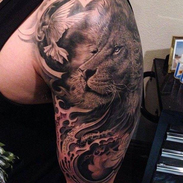Tattoo Löwe mit Taube Porträt                                                                                                                                                      Mehr