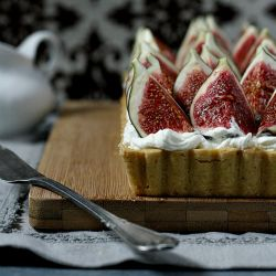 ... fresh figs and maple syrup with orange blossom water. Delicious tart