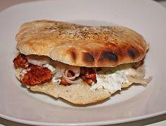 Griechisches Gyros Pita-Brot (Rezept mit Bild) von tirolerdandl | Chefkoch.de