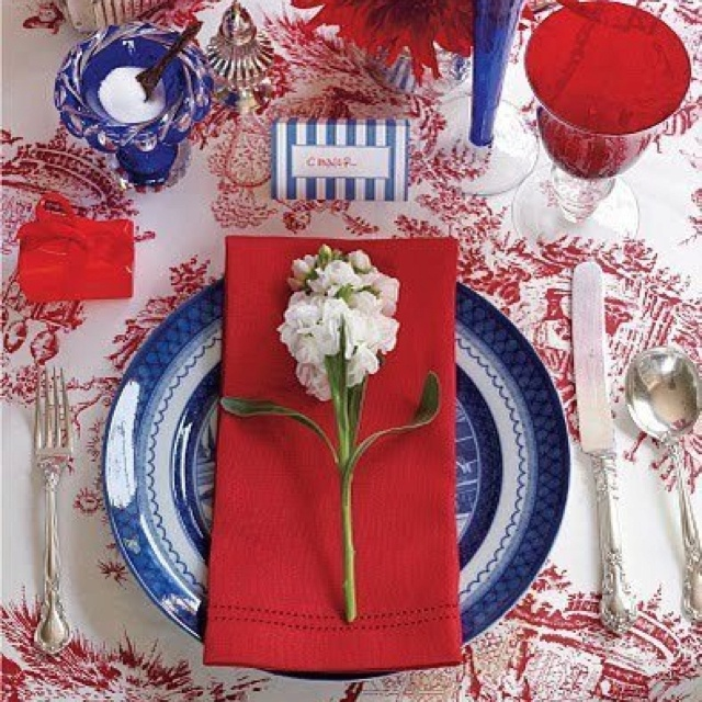 bastille day tablescapes