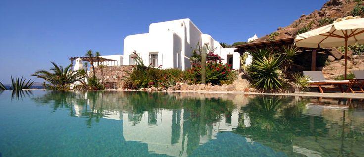 Nautilos - Agios Ioannis - Mykonos http://www.mykonosvillas.com/en/our-villas/nautilos