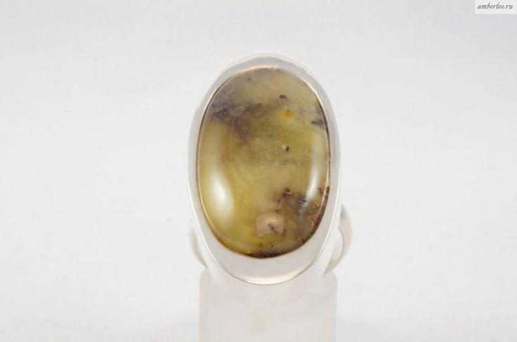 Янтарное кольцо КО091