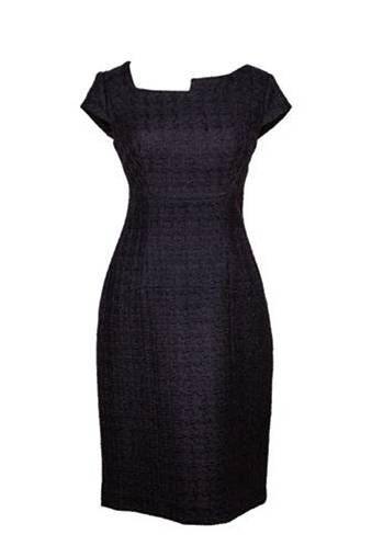 www.anyblackdress.com The Srarah dress A-symmetrical, chanel fabric, capsleeves. Sleeves are customizable. Euro 309 Different colors available