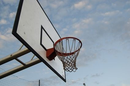 Basketball Games to Play With Kids Age 9 to 15