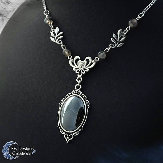 Victorian hematite necklace Dragon veins agate Victorian