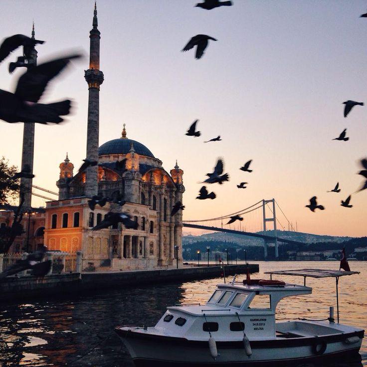 Ortaköy , Istanbul