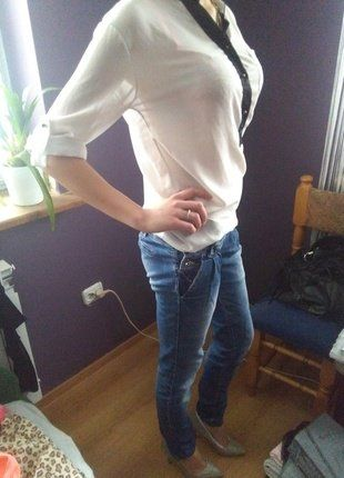 Kup mój przedmiot na #vintedpl http://www.vinted.pl/damska-odziez/koszule/16490013-biala-koszula-mgielka-z-czarnymi-wstawkami