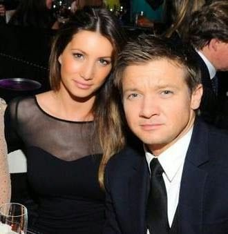 Sonni Pacheco and Jeremy Renner headed for divorce