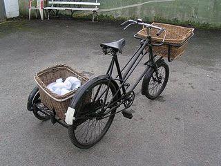 i love the sidecar idea for beach cruiser bikes