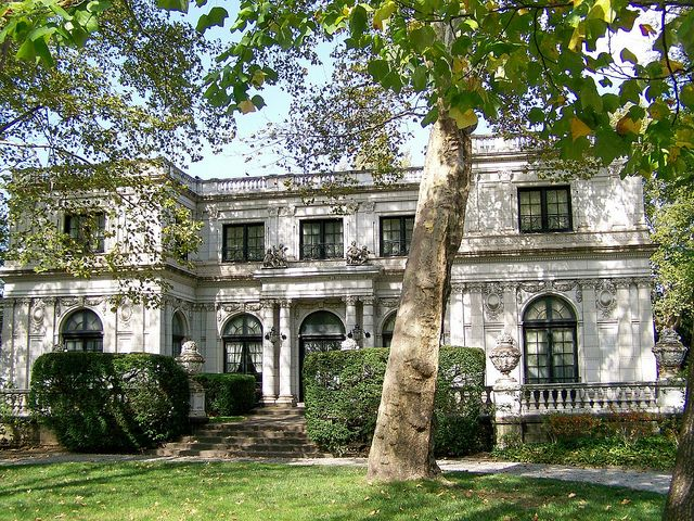The Moreland-Hoffstot House, completed in 1914, is one of the last survivors of Pittsburgh's Fifth Avenue Millionaires Row, which once rivaled the one in New York.    Built for Andrew Moreland, who held various positions in the iron and steel industry in the early 1900s, he lived there through 1926.