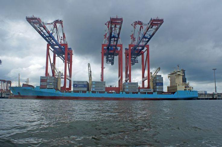 Hafenrundfahrt in #Wilhelmshaven