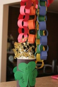 pot of gold at the end of the rainbowPot Of Gold, Gold Crafts, Kids Crafts, Gold Paper, St Patricks Day, Mustard Seeds, Paper Chains Rainbows, Rainbows Chains, Rainbows Paper