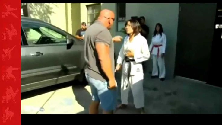 Repo man gets his ass kicked By Karate Girl