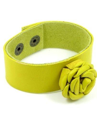 Armband van geel leer met roosje voor maar 5,95