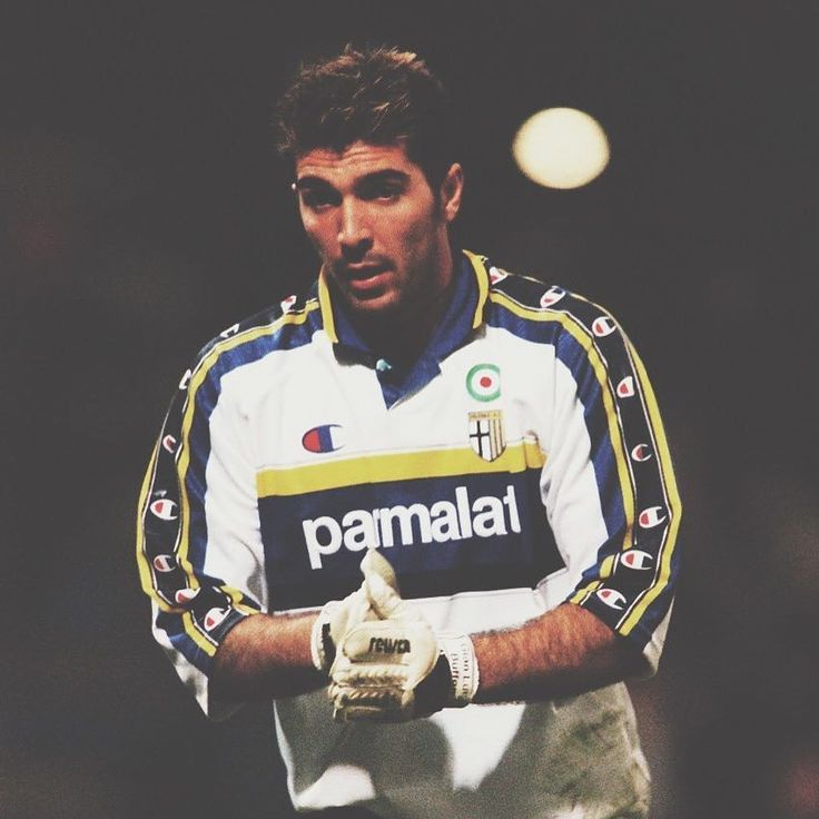 I'm not sure if there are enough Champion logos on Buffon's Parma jersey