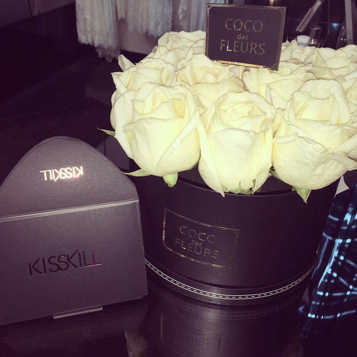 COCO des FLEURS  #boxedroses #beautifulroses #luxuryboxedroses #coco des Fleurs #cocodesfleurs #cocoluxur www.cocoluxur.com.au
