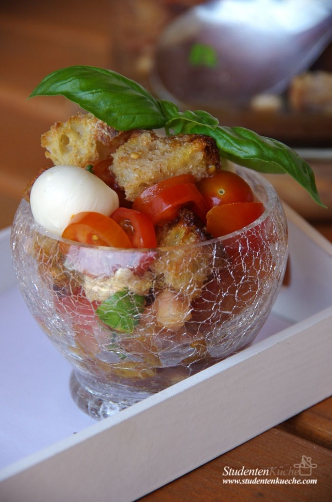 ciabatta caprese   studentenküche   sieht lecker aus   pinterest