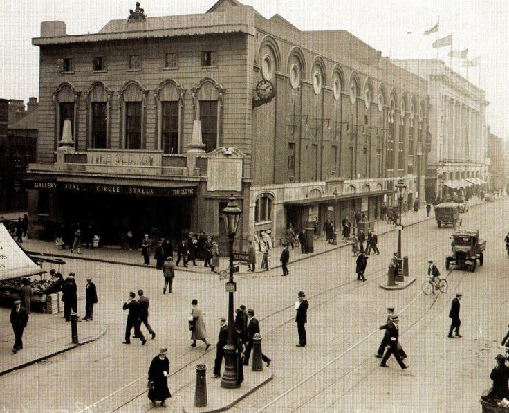 The Old Vic Theatre on Waterloo Road, South London - 1 October 1930