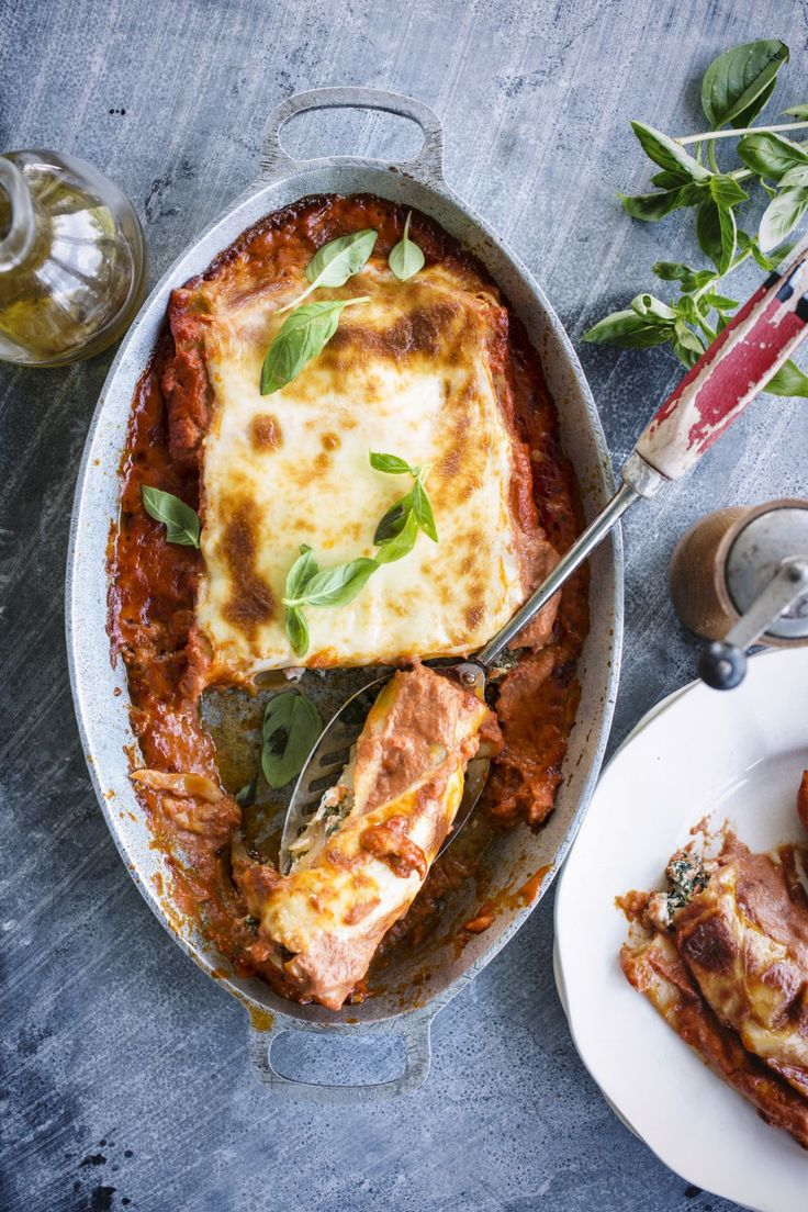 cannelloni met zalm ricotta en spinazie