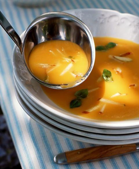 Süßkartoffel-Apfel-Suppe - [ESSEN UND TRINKEN]