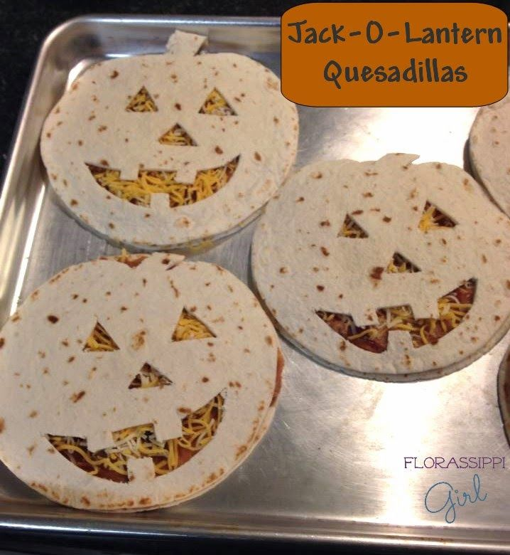 Jack-O-Lantern Quesadillas - Cute, Quick, & Easy! The perfect dinner for…