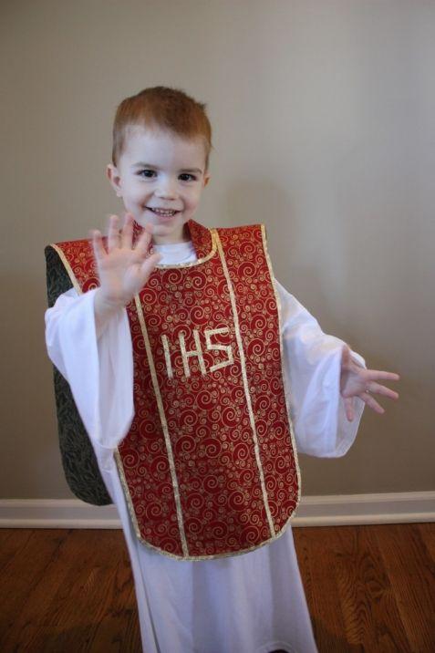 No-Sew All Saints' Day Costume {for the procrastinators!} - Catholic Sistas