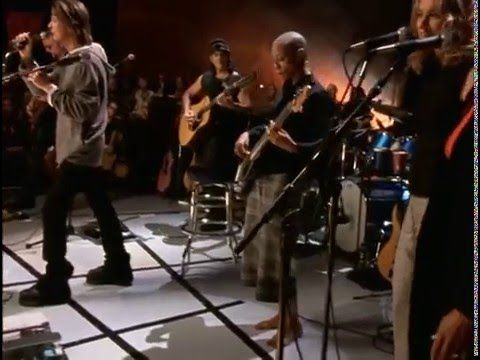 David Bowie – Drive In Saturday (Live VH1 Storytellers 1999)