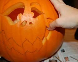 how to preserve a carved pumpkin rub petroleum jelly on the inside - How To Preserve Halloween Pumpkin
