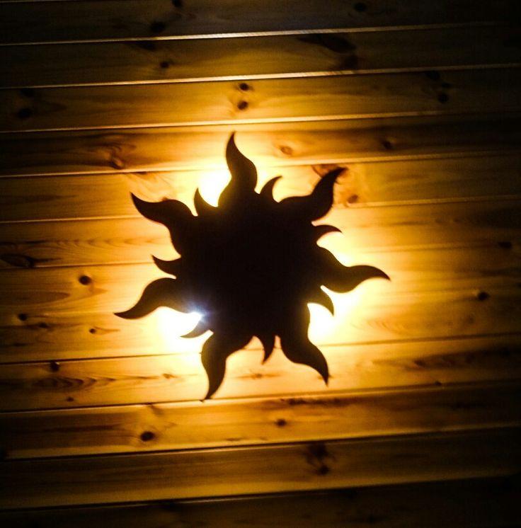Plafoniera in legno retroilluminata