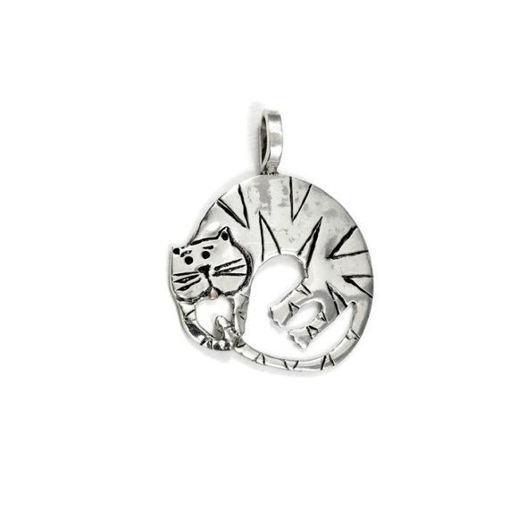 Cat Lovers Jewelry For Women, Kitty Jewelry Gift, Sterling Silver Cat Jewelry, Gift For Mom, Robin Wade Jewelry, Cloe Chases Her Tail, 2400
