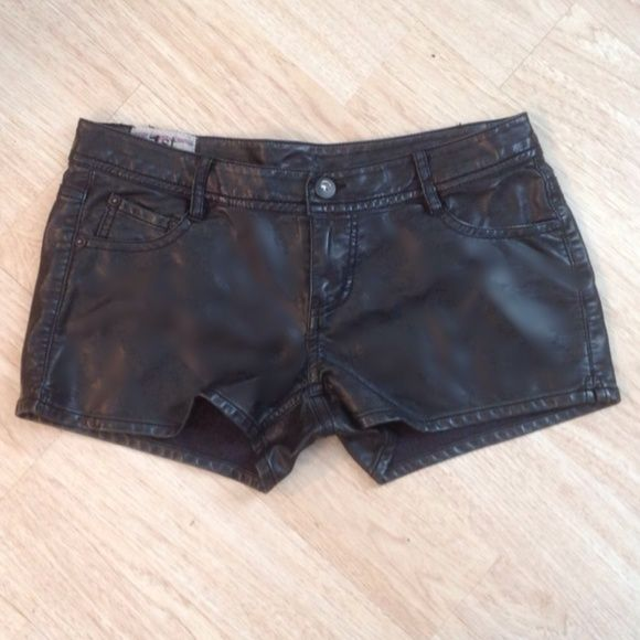 """Faux BUTTERY Leather Shorts in MINT Condition!!! These are very cool super nice faux leather shorts! I couldn't believe that they weren't genuine leather! They have that buttery soft touch! They are in mint condition! Only worn one time for a modeling show. They measure 16.5"""" across at waist and mid-rise is 8"""". Price is firm unless bundling. 20% off 2 items, 25%+ off 3 or more items. Smoke free home. Ty, Michele 1st Kiss Other"""