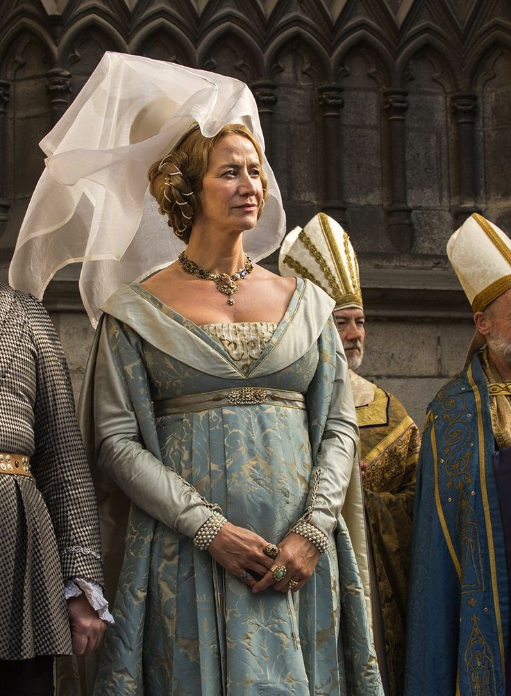 Love Countess Jaquetta and the beautiful detail of the costumes......a double coned *butterfly* hennin covered with a sheer veil