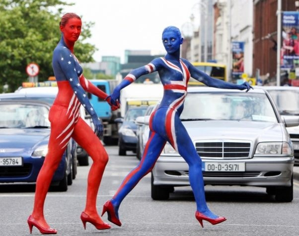 LA-UK Bodypainting Project.    Stand Out from the Crowd!