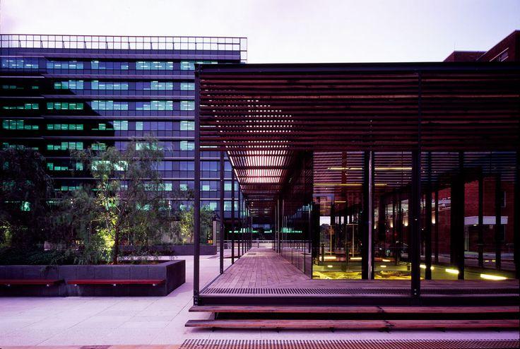 Courtyard Pavilions Parramatta Justice Precinct / Bates Smart