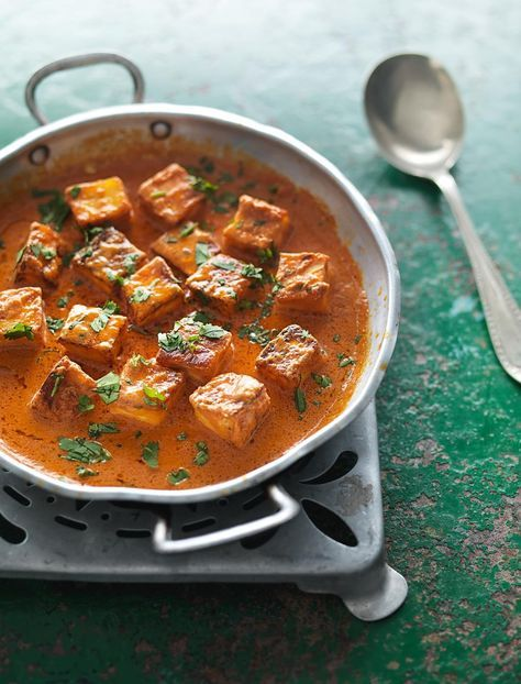 Fresh Indian Cheese in a Butter-tomato Sauce (Paneer Makhani) from Madhur Jaffrey's Curry Easy Vegetarian cookbook. This is the vegetarian version of Chicken in a Butter-tomato Sauce, for which a tandoor-roasted bird is cut up and enfolded in a rich, creamy sauce. This vegetarian incarnation is much loved and generally eaten with Indian flatbreads, especially naans.